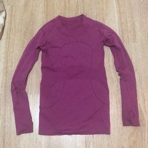 Long sleeved pink lululemon top